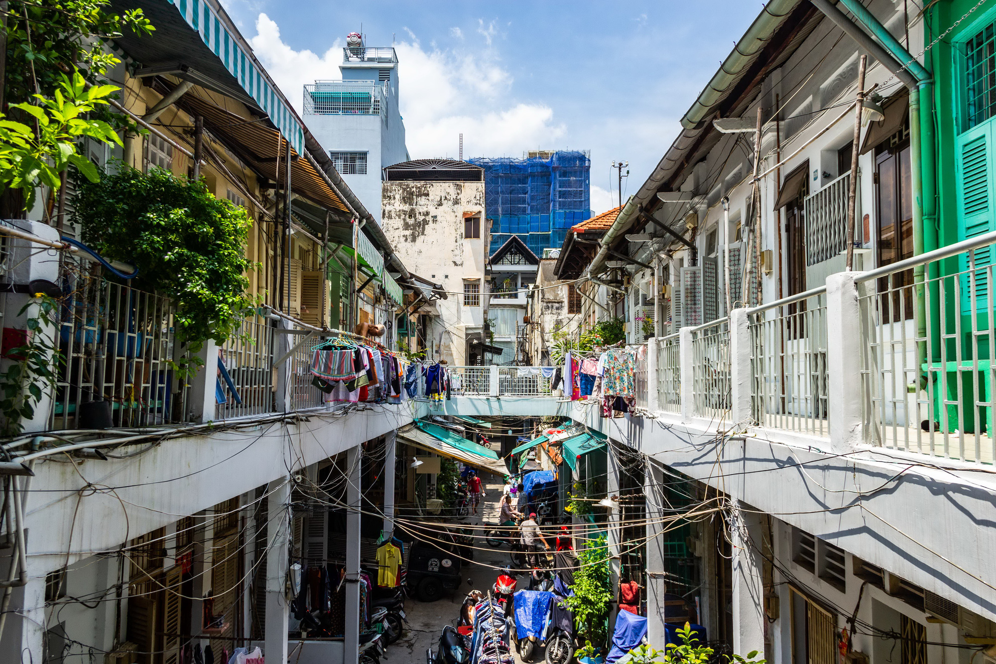 The unique two-story blocks of houses in an alley of a Chinese Vietnamese neighborhood in District 5, Ho Chi Minh City, Vietnam. Photo: Tran Hong Ngoc / Tuoi Tre