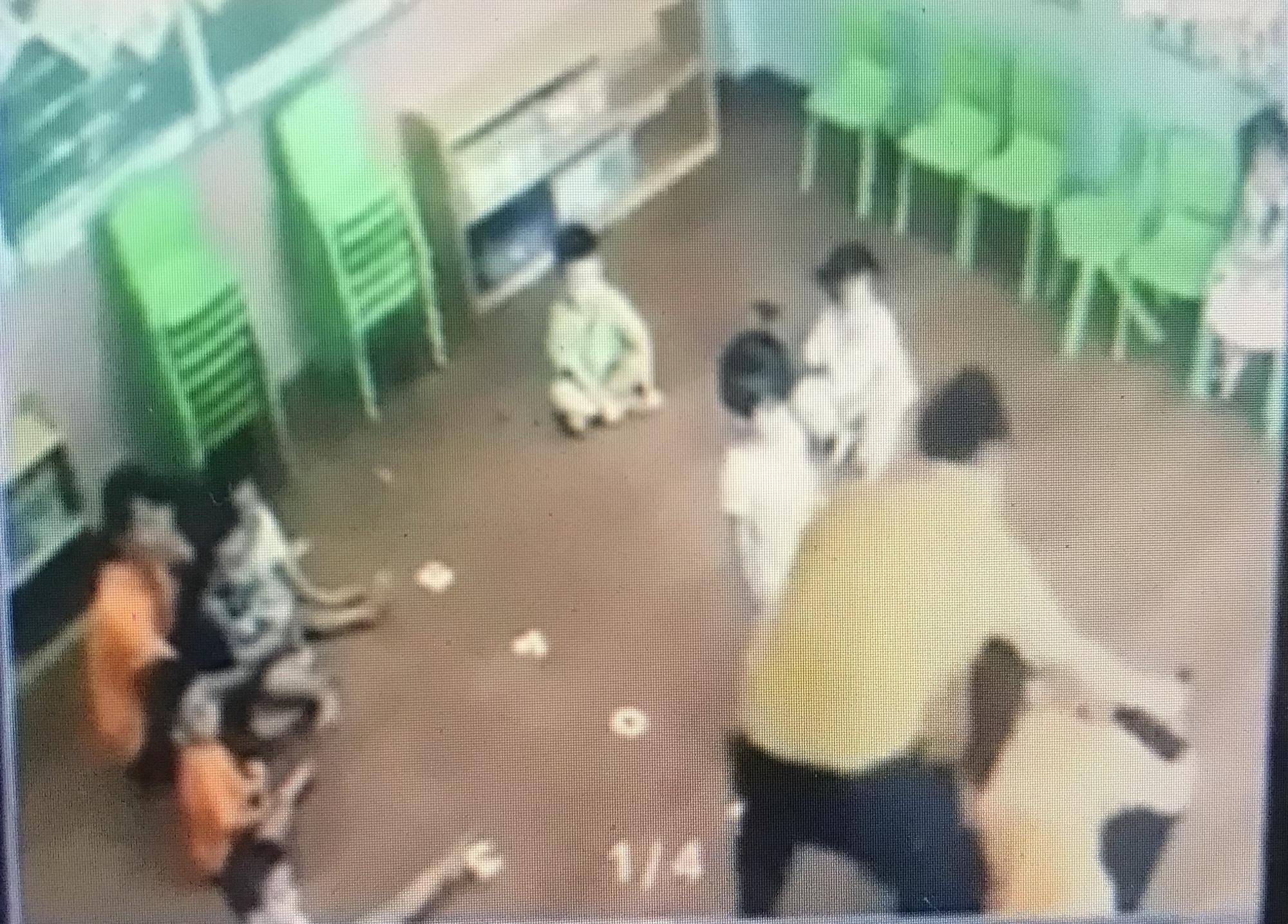 Man filmed hitting 2-year-old girl at kindergarten in Vietnam