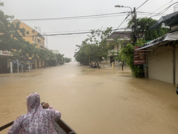 A corner of Hoi An Old Quarter is submerged in water in this photo taken on Sunday. Photo: B.D. / Tuoi Tre