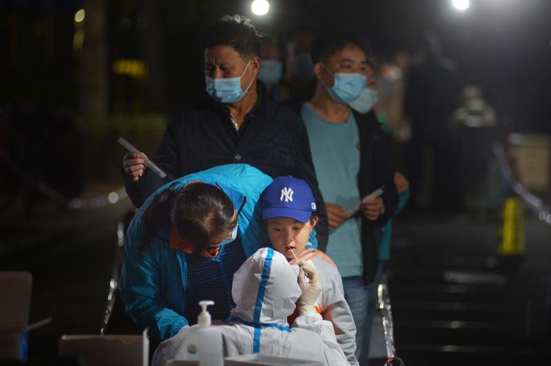 Mainland China reports 20 new COVID-19 cases versus 13 a day earlier