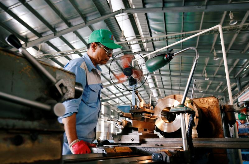 Vietnam the only among major ASEAN economies to record positive growth in 2020: IMF
