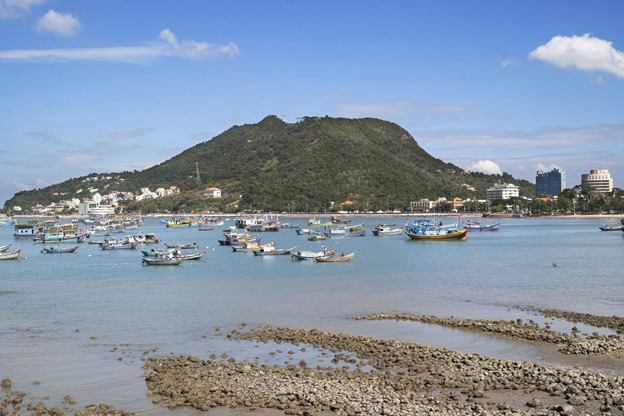 Vung Tau Beach is the destination for a short getaway from Ho Chi Minh City. Photo: B.C/ Tuoi Tre