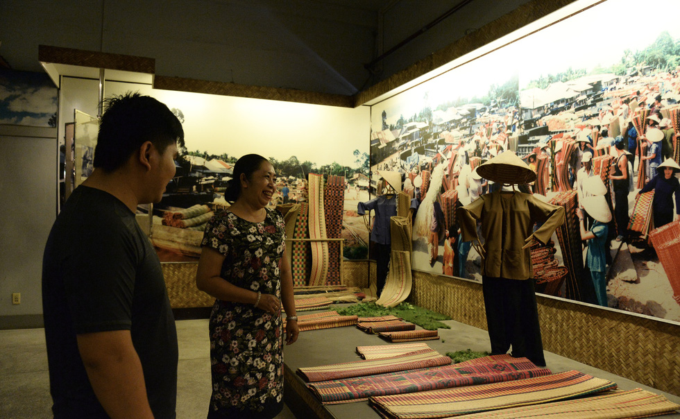 A themed exhibition corner is seen in this photo taken at the Southern Women's Museum. Photo: Tu Trung / Tuoi Tre