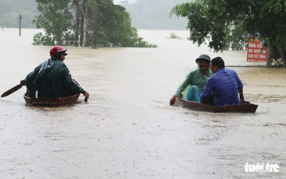 Residents evacuate as reservoirs discharge water in Vietnamese province