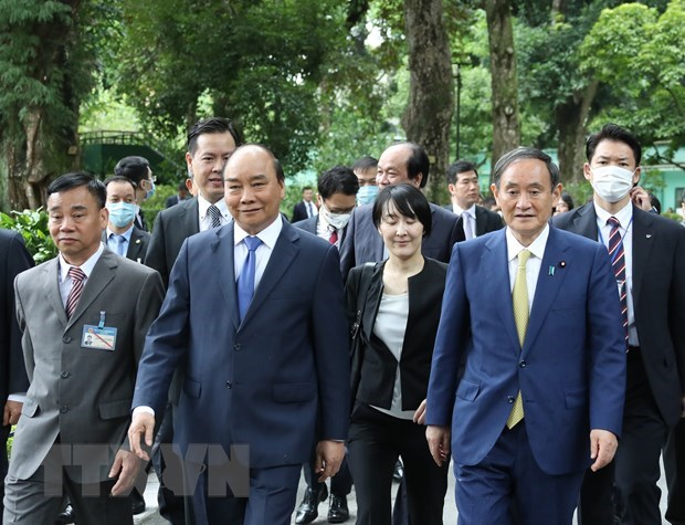 Japanese news agency spotlights PM Yoshihide Suga's Vietnam visit