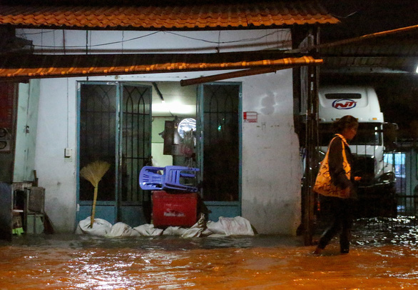 A house is seen barricaded with sand bags in this photo taken in Ho Chi minh City. Photo: Tuoi Tre