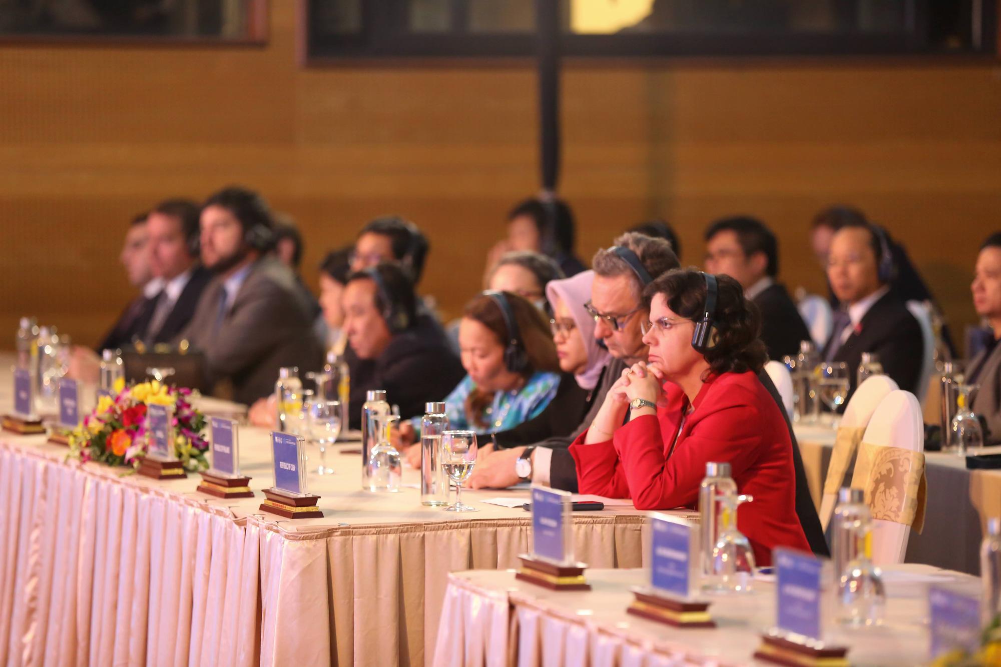 Delegates attend the ITU VirtualDigital World 2020 in Hanoi on October 20, 2020. Photo: Le Son / Tuoi Tre