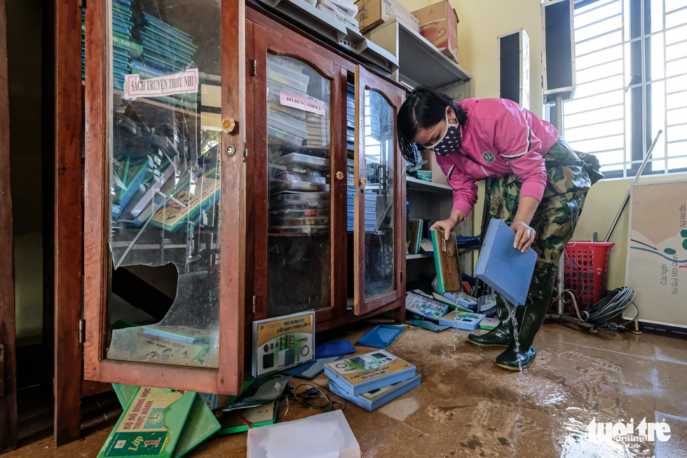 Schools in central Vietnam pick up the pieces after detrimental flooding