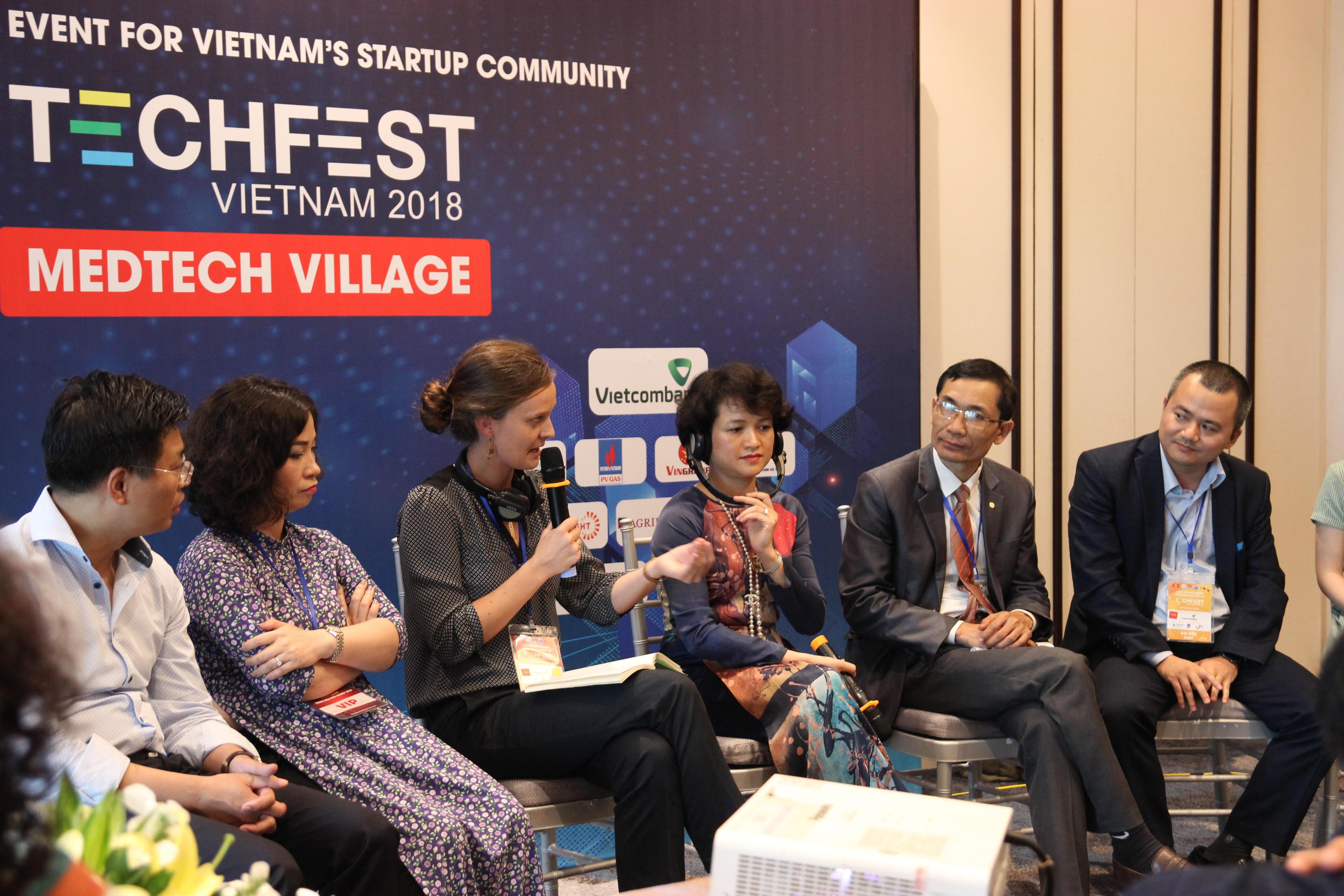 Sandrine Egron speaks at the Techfest event in the central city of Da Nang, Vietnam in November 2018. Photo: InnYTe