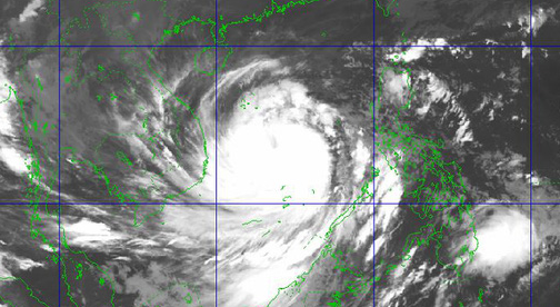 Molave becomes Vietnam's strongest storm so far this year