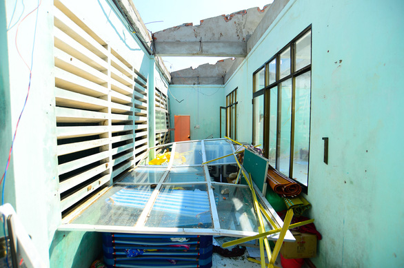 Facilities of Tinh Khe Kindergarten in Quang Ngai City are ruined after Typhoon Molave