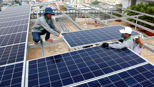 Ho Chi Minh City to equip public offices with solar panels
