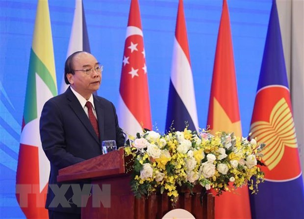 Prime Minister Nguyen Xuan Phuc delivers the opening remarks. Photo: Vietnam News Agency