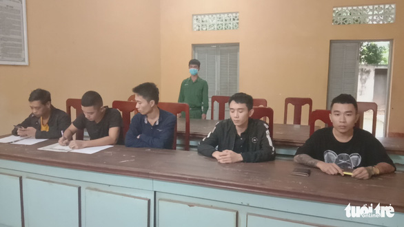 Eight border jumpers arrested near border gate in southern Vietnam