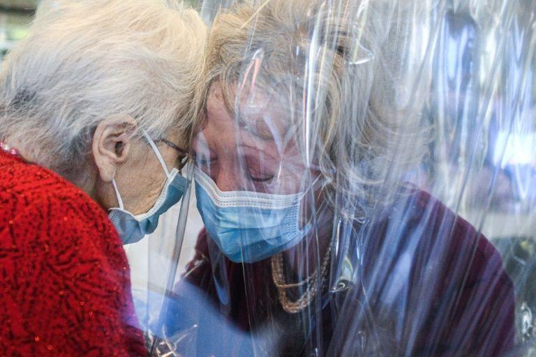 New York fights virus resurgence as Trump touts vaccine breakthrough