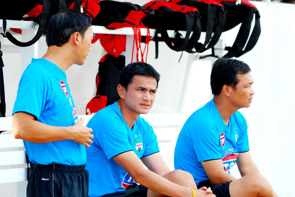 Vietnam football club's Thai hero returns as coach