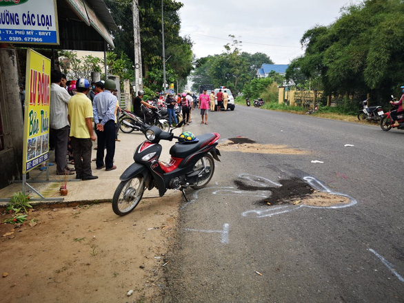 The accident scene is seen in this photo. Photo: Manh Kha / Tuoi Tre