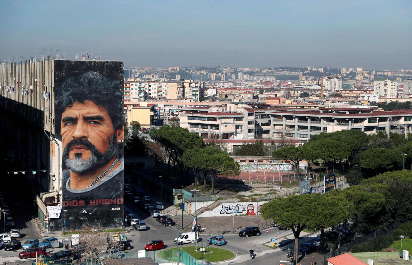 A general view shows a mural by artist Jorit depicting late Argentine soccer legend Diego Maradona, in Naples, Italy November 26, 2020. Photo: Reuters