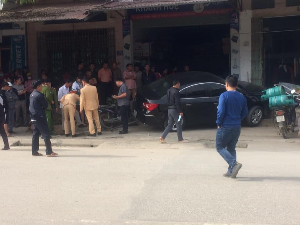 Unlicensed driver kills father, son in hit-and-run in northern Vietnam