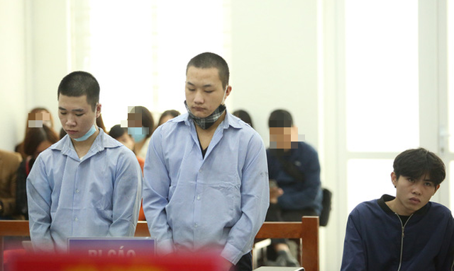 Teenage boys sentenced to 40 years in jail for stabbing, stealing from Hanoi GrabBike driver