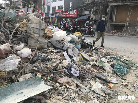 A construction dump on Minh Khai Street in Hanoi's Hai Ba Trung District