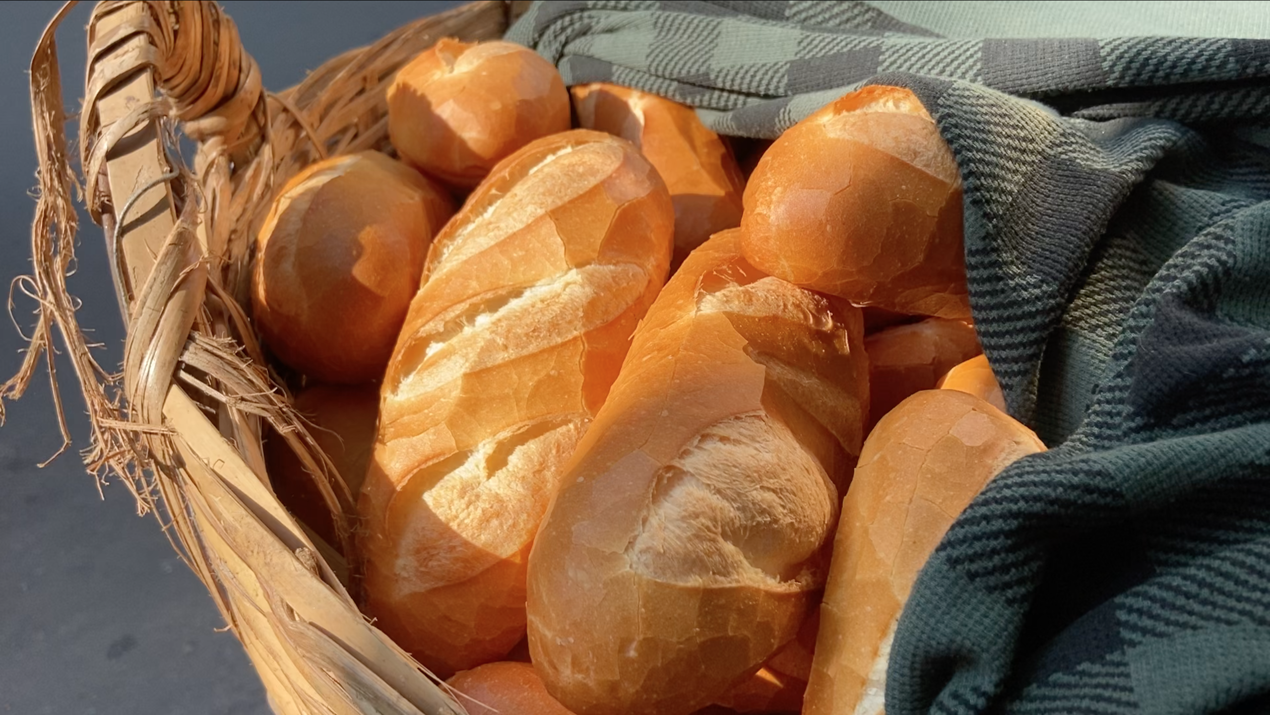 Fresh bread is delivered each morning at Banh Mi Bay Ho on Huynh Khuong Ninh Street, District 1, Ho Chi Minh City. Photo: Linh To / Tuoi Tre