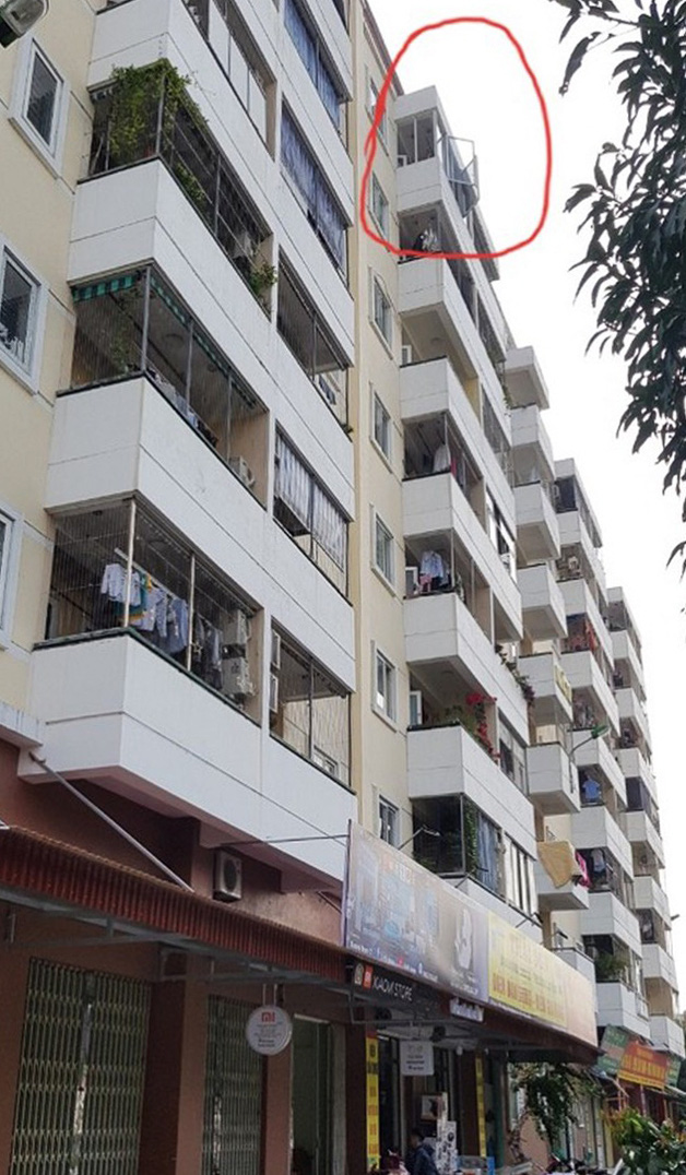 The apartment from where the three-year-old boy falls in Thai Binh Province, Vietnam, December 7, 2020. Photo: H. Long / Tuoi Tre