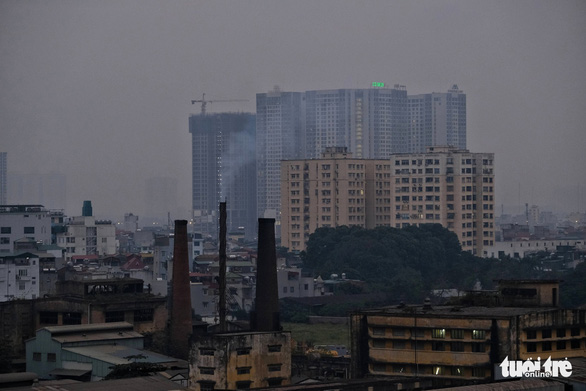 Hanoi residents advised to avoid going outside due to air pollution