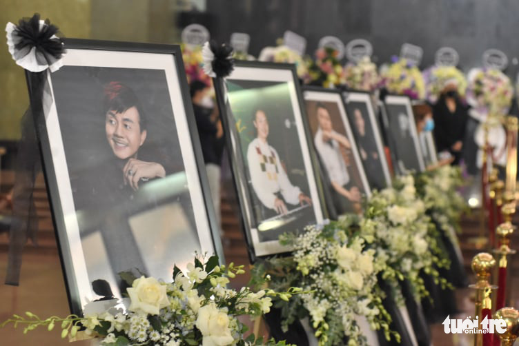 Chi Tai's portraits are placed at the funeral in Ho Chi Minh City, December 12, 2020. Photo: Duyen Phan / Tuoi Tre