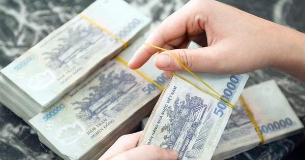Hanoi police smash racket smuggling over $1bn across border
