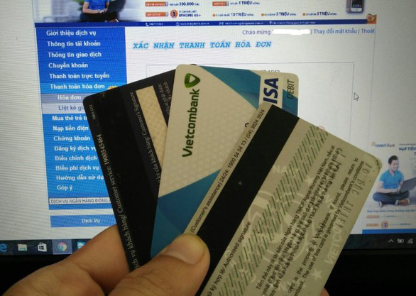 Vietnam banks to phase out magnetic stripes for EMV chips on cards