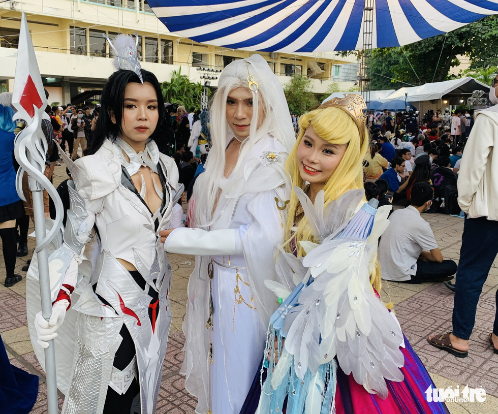 People don cosplay costumes at the cosplay contest Super Hero The Champion Season 1 in District 5, Ho Chi Minh City, December 27, 2020. Photo: Phuong Nam / Tuoi Tre