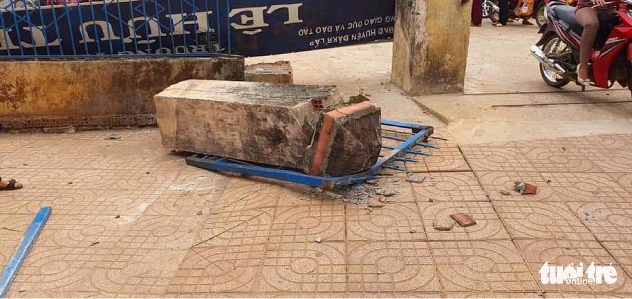 School gate collapse kills 4th grader in Vietnam's Central Highlands