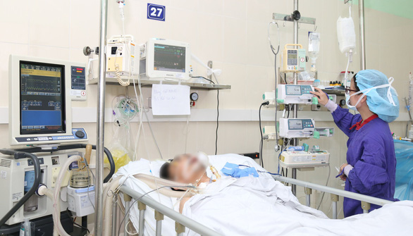 A patient under treatment after a lung transplant at Viet-Duc Friendship Hospital in this photo supplied by the hospital