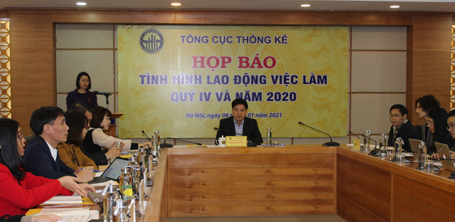 A press conference on labor and employment situation is organized in Hanoi on January 6, 2021. Photo: B.N. / Tuoi Tre