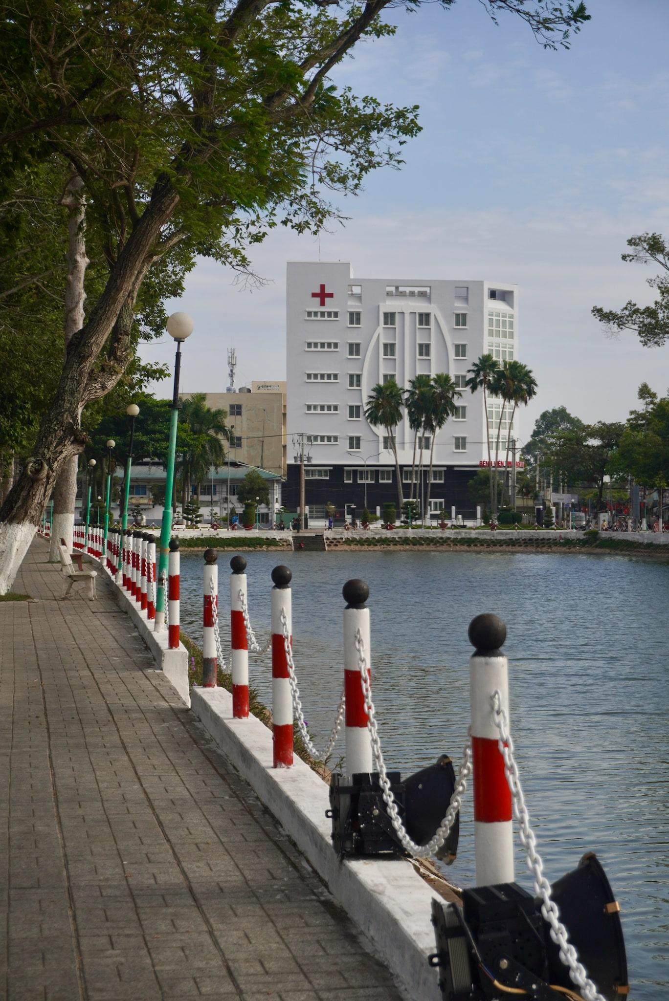 The Heart Hospital of An Giang as seen from Nguyen Du Lake of Long Xuyen City. Photo: Xuan Tung / Tuoi Tre