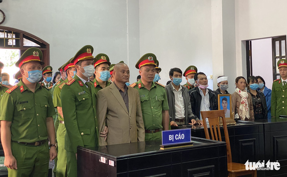 Death sentence given to ex-commune leader who killed relative for insurance money in Vietnam