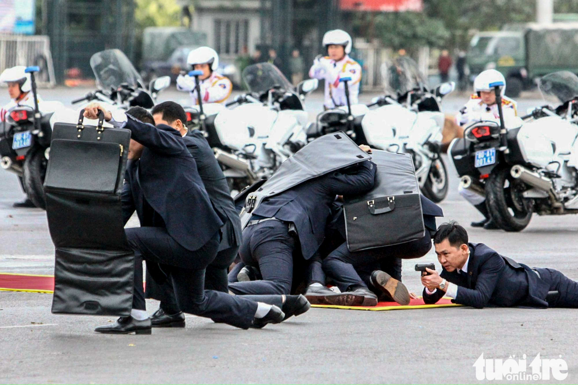 6,000 police, military officers prepare for National Party Congress in Hanoi