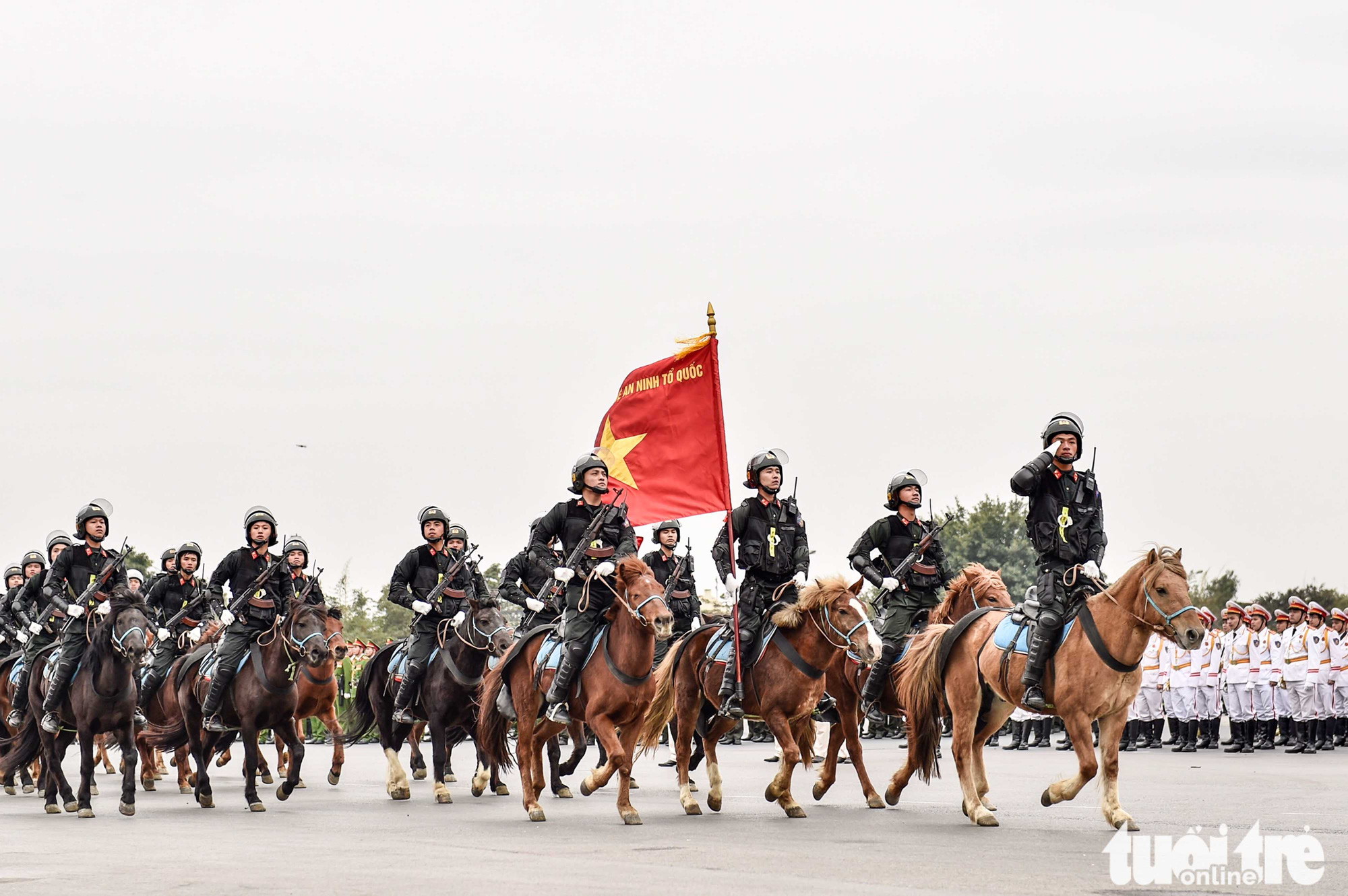 Mounted police force at the parade in Hanoi, January 10, 2021. Photo: Quang Minh / Tuoi Tre