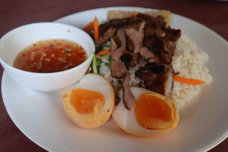 Saigon's hidden 'com tam' gem