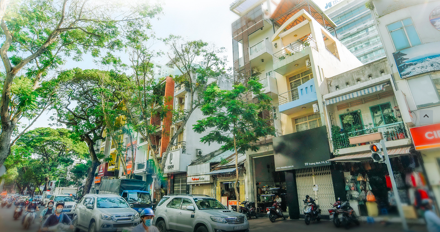 A decade of burying tangled wires in Ho Chi Minh City