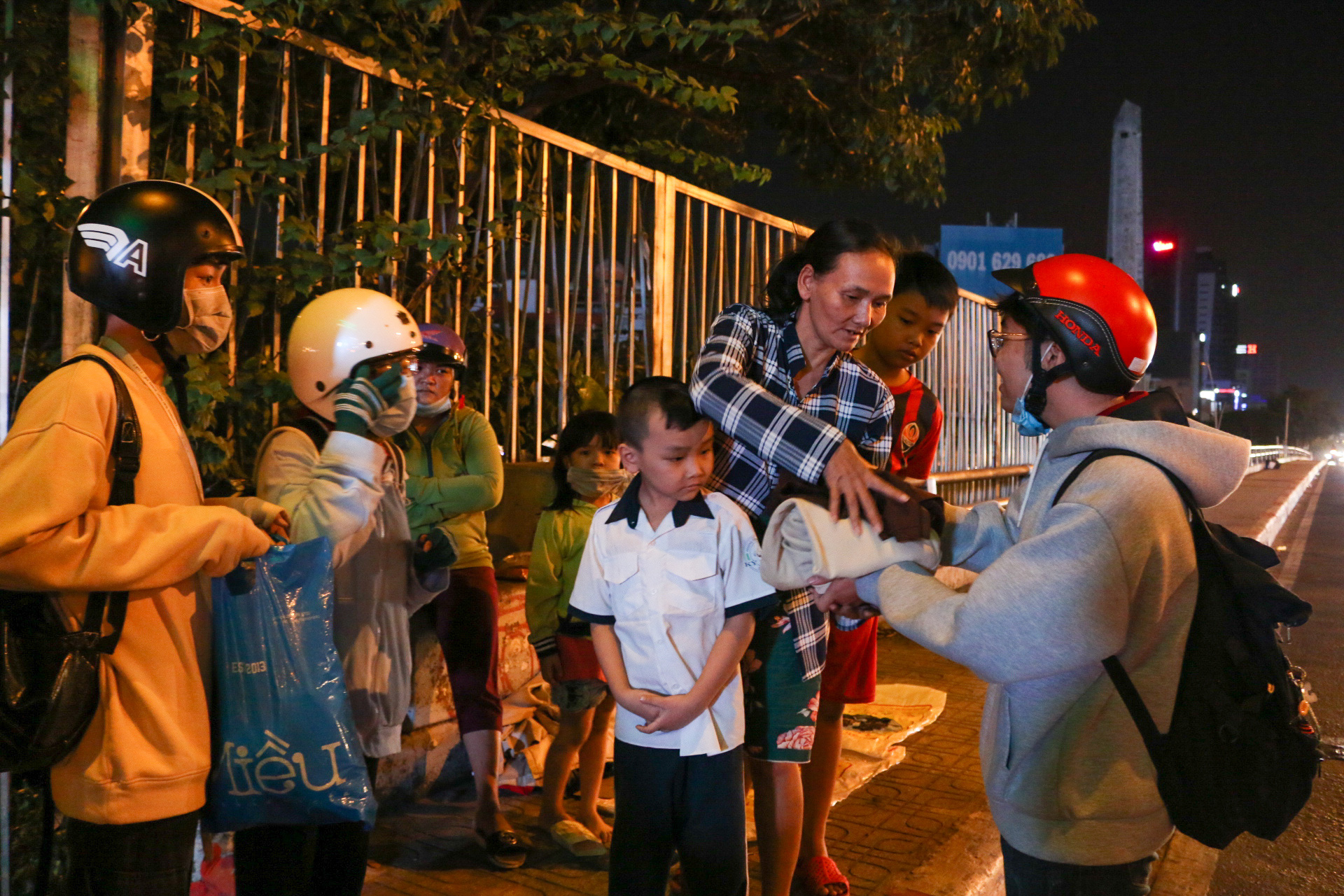 A journey of giving with warm-hearted students in Ho Chi Minh City
