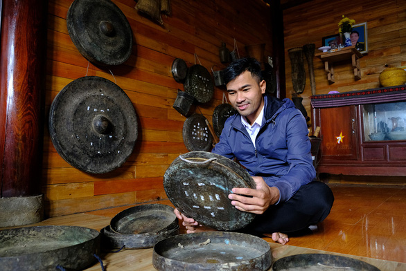 Young Ca Dong archivist keeps art of indigenous cymbals living on