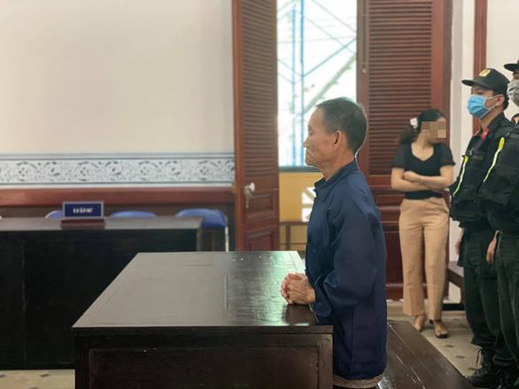 Vietnamese man gets death sentence for killing female bus attendant over romantic jealousy