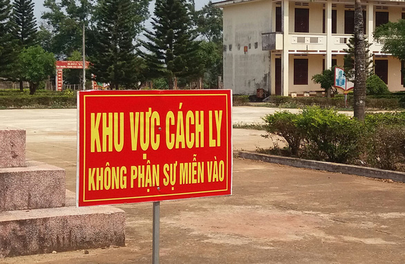 Vietnam's Central Highlands province locks down two areas after confirming five local COVID-19 cases