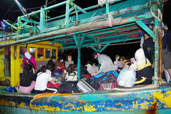 34 Vietnamese caught illegally entering southernmost province from Malaysia