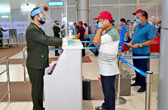 All employees of Saigon airport, four other airdromes test negative for COVID-19