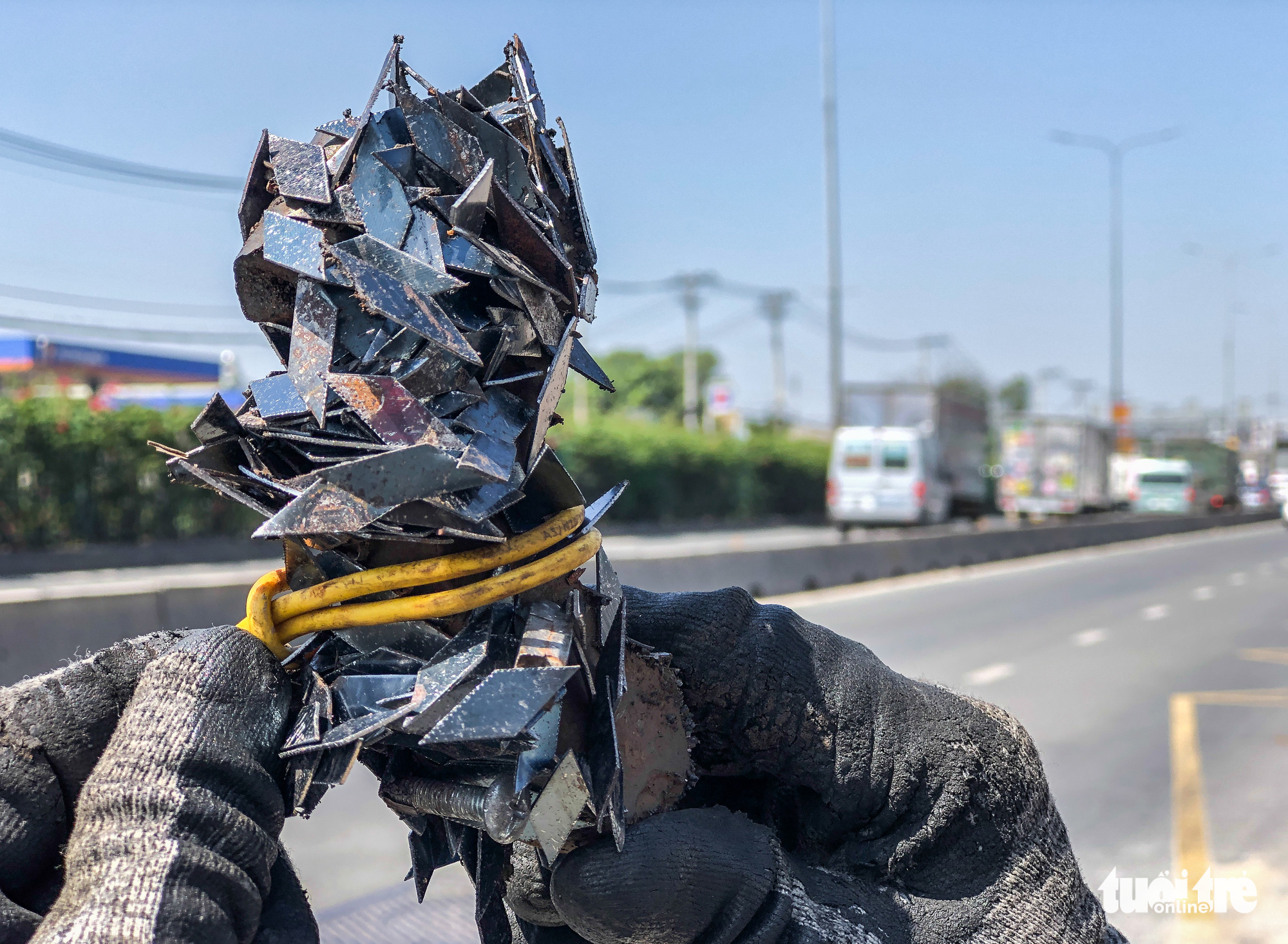 Tire-puncturing nails found on Ho Chi Minh City roads after Tet break