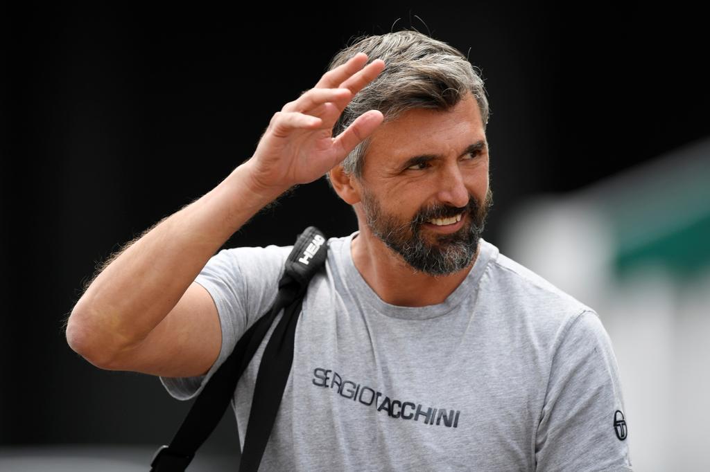 Djokovic will overtake Federer's Grand Slam tally, says coach Ivanisevic