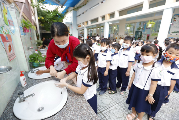 Ho Chi Minh City education department proposes reopening K-12 schools on March 1
